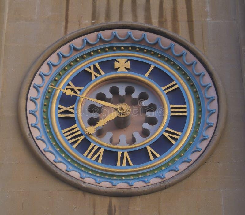 Visage d'horloge fleuri image libre de droits