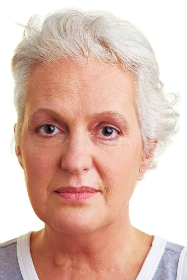 Visage d'une femme âgée images libres de droits