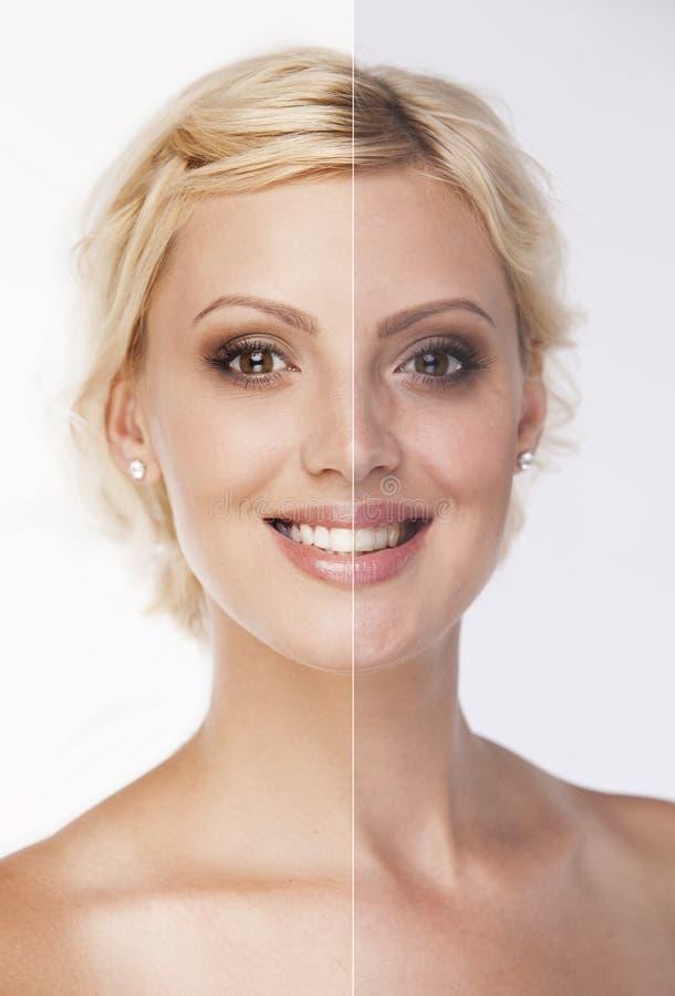 Visage de belle femme blonde de sourire avant et image libre de droits