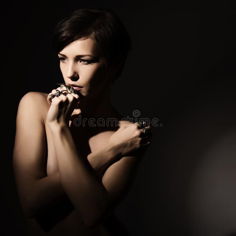 Visage de portrait de plan rapproché beau de femme sexy photographie stock libre de droits