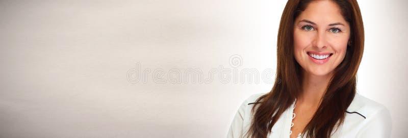Visage de sourire de jeune femme photographie stock