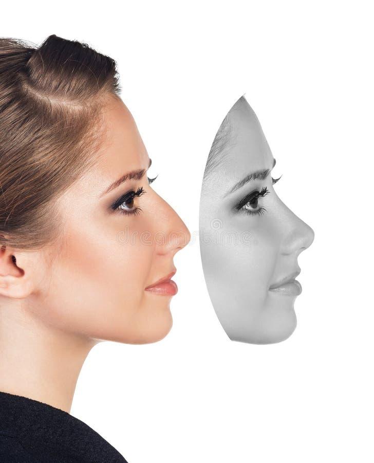 Visage femelle parfait fait de différents visages photos stock