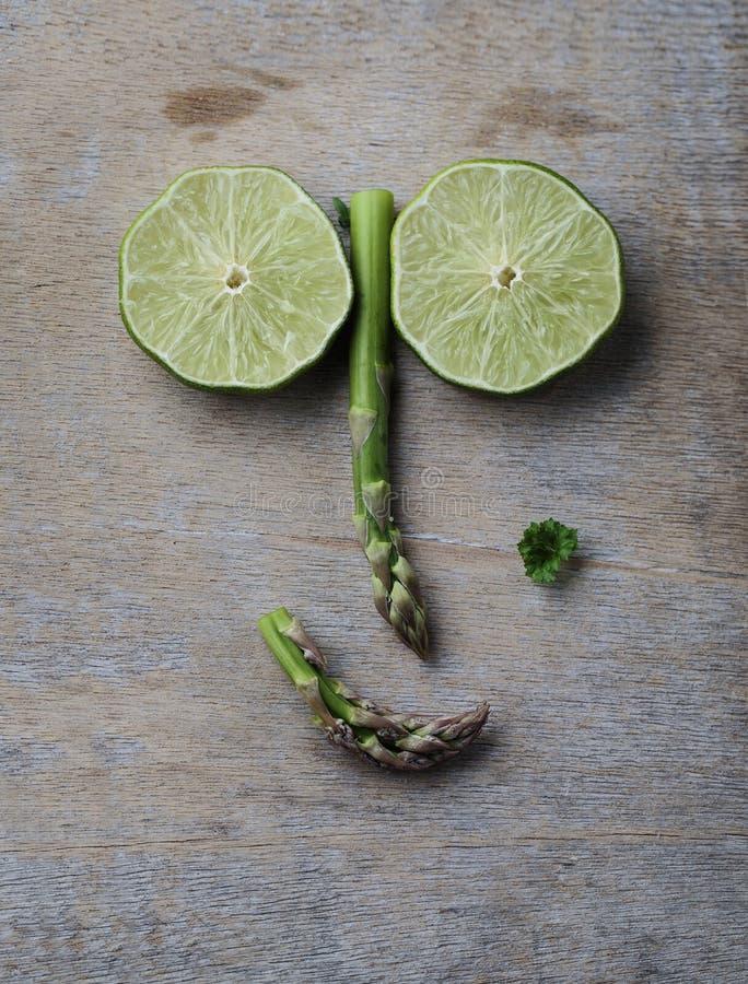Visage heureux de légume et de fruit photographie stock libre de droits