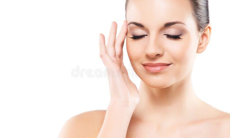 Visage humain d'isolement sur le fond blanc Portrait de station thermale de belle, fraîche et en bonne santé femme photographie stock