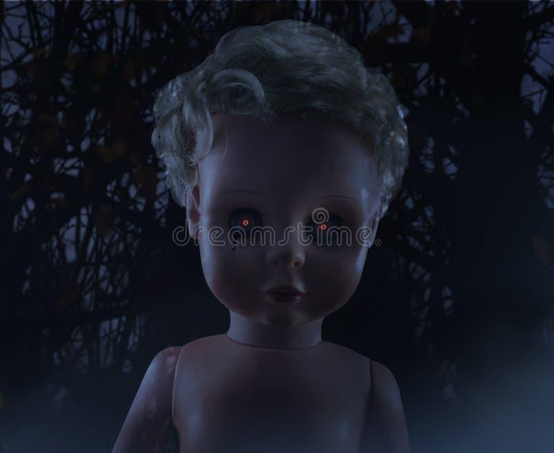 Visage rampant de poupée en plastique photographie stock