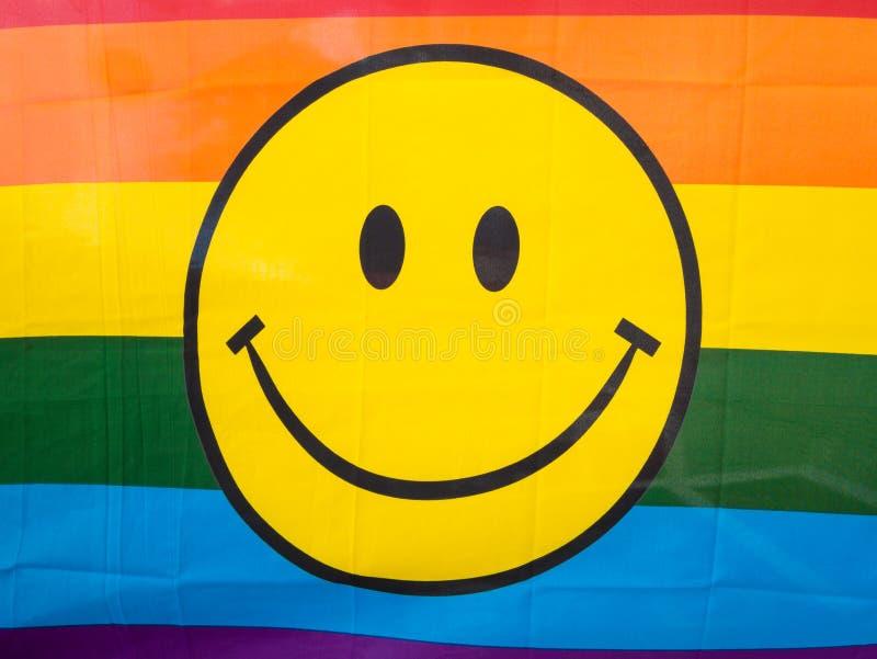 Visage souriant jaune lumineux photographie stock