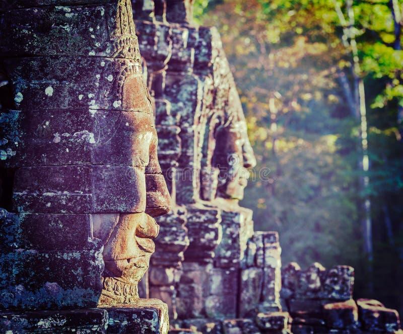 Visages de temple de Bayon, Angkor, Cambodge photo libre de droits