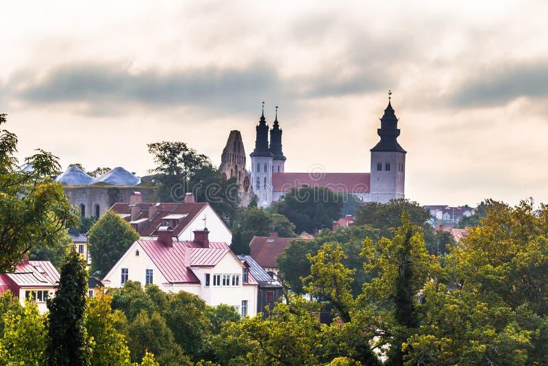 Visby - 23 septembre 2018 : La cathédrale de la vieille ville de Visby en le Gotland, Suède images stock