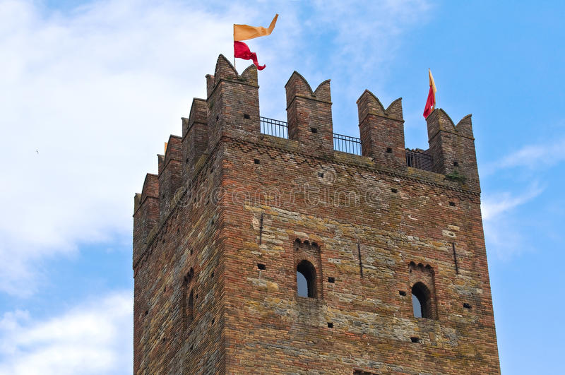 Download Visconti Kasztel. Castell'Arquato. Emilia. Włochy. Obraz Stock - Obraz złożonej z emilia, błękitny: 28956255