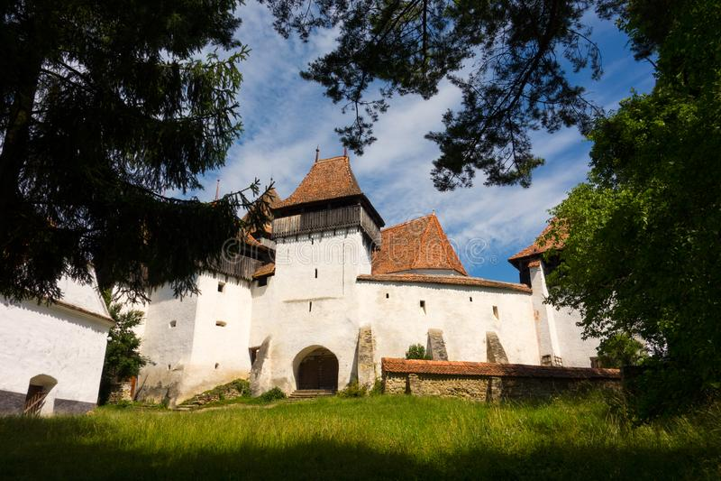 Viscri加强了从布拉索夫县,罗马尼亚的教会 库存图片