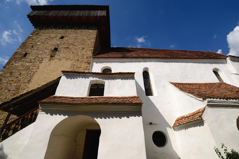 Viscri stärkte kyrkan, Rumänien arkivbild
