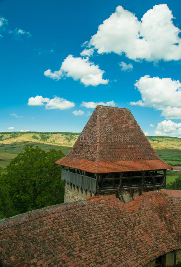 Viscri versterkte kerk, Transsylvanië, Roemenië stock afbeeldingen