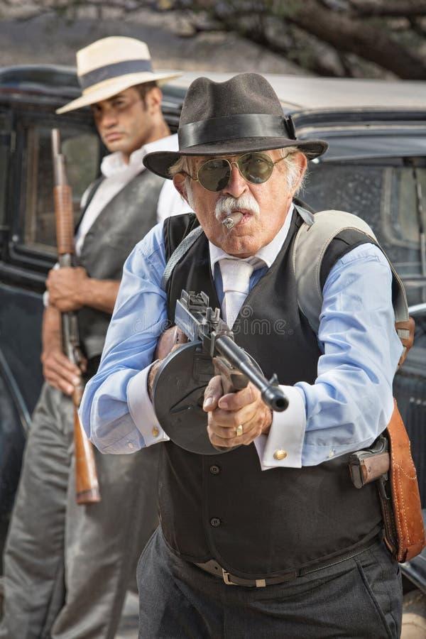 Viser de bandit âgé par milieu photo libre de droits