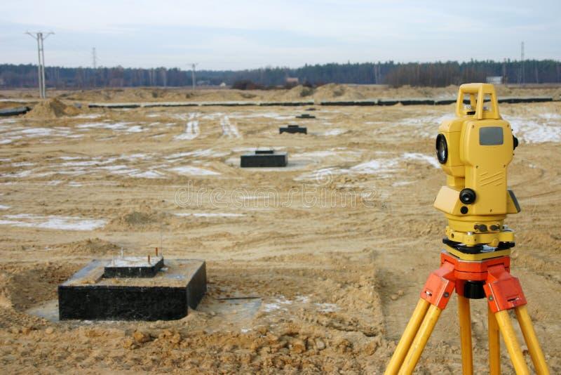 Viser sur la construction SI photos stock