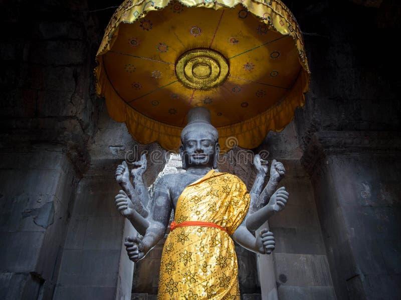 Vishnu Statue en Angkor Wat, Camboya foto de archivo