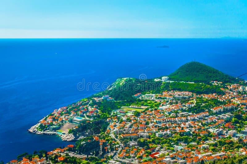 Visión aérea en la costa costa de Dubrovnik, Croacia fotos de archivo
