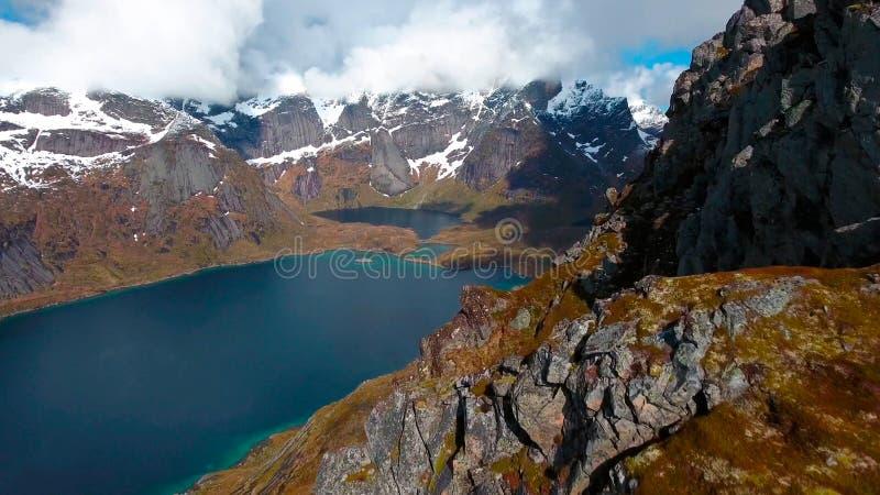 Visión aérea, islas de Lofoten, Reine, Noruega fotos de archivo