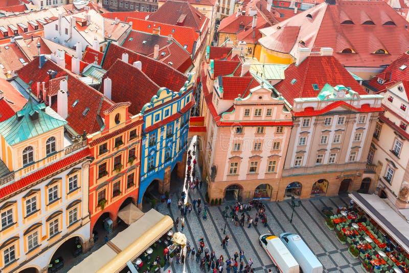 Visión aérea sobre la vieja plaza en Praga, República Checa fotografía de archivo