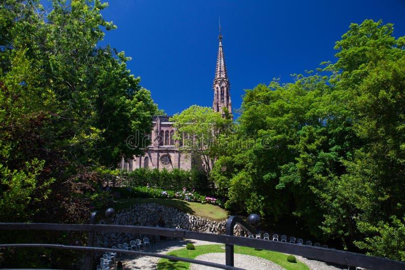Visión desde el palacio del EL Capricho del arquitecto Gaudi, Comillas fotos de archivo