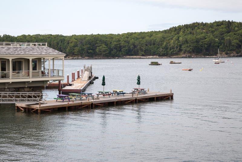 Visión desde el puerto de la barra en Maine los E.E.U.U. imagenes de archivo