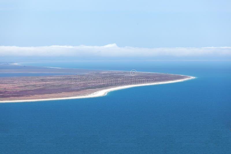 Visión desde el puesto de observación de la colina del peñasco, Southland, Nueva Zelanda foto de archivo
