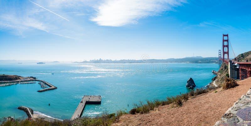 Visión desde el punto de Vista de puente Golden Gate a San Francisco foto de archivo libre de regalías