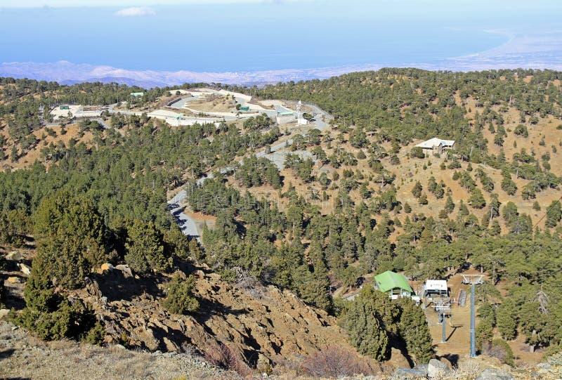 Visión desde el punto más alto en Chipre conocido como Chionistra foto de archivo libre de regalías