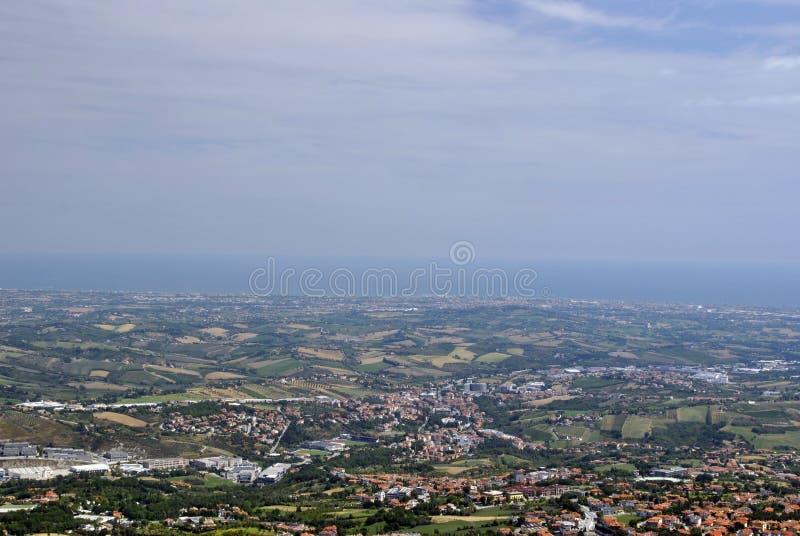Visión desde el San Marino Tower foto de archivo