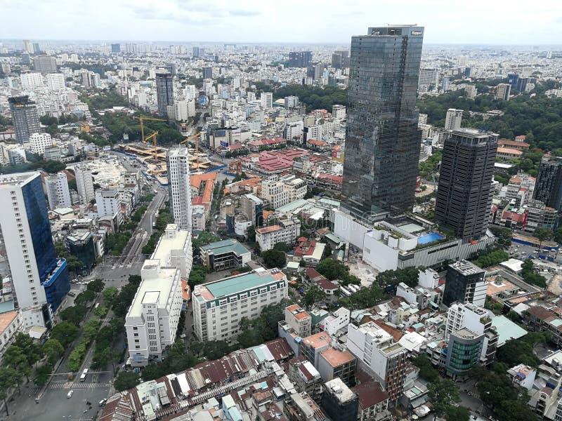 Visión desde el top de la torre financiera Ho Chi Minh City de Bitexco imagenes de archivo