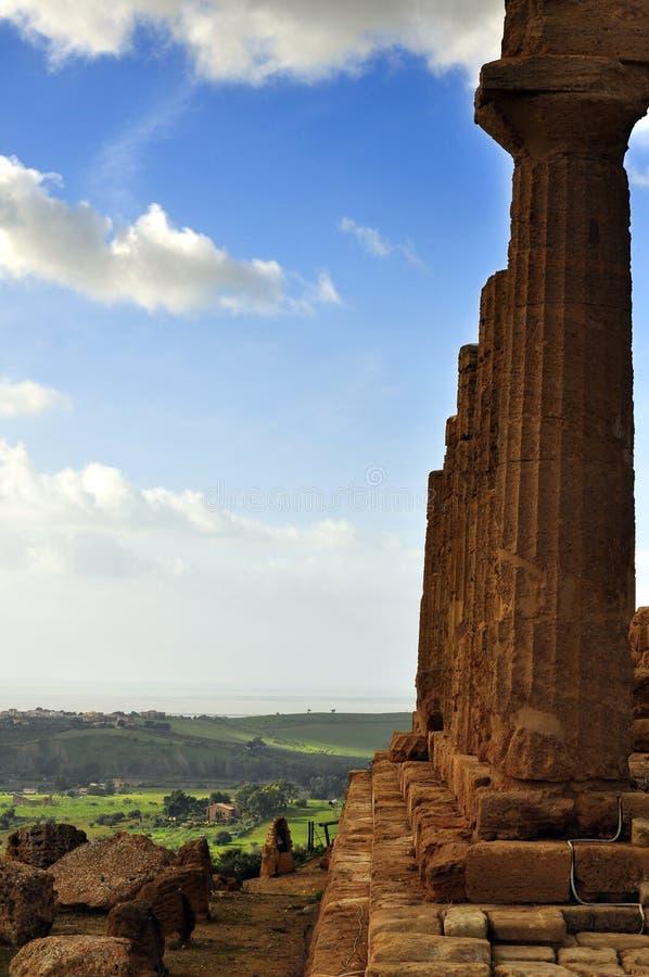 Visión desde el valle de los templos imagenes de archivo