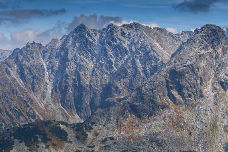 Visión desde Kasprowy Wierch en las altas montañas de Tatra, Polonia imagen de archivo