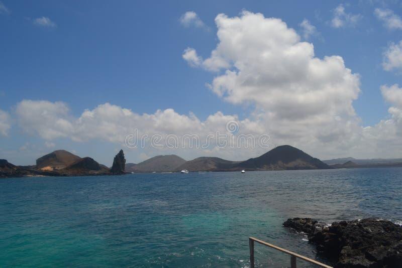 Visión desde la isla de Bartolome imagenes de archivo