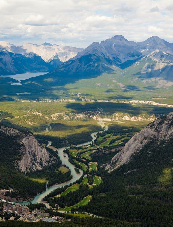 Visión desde la tapa de la montaña del sulfuro, Banff fotografía de archivo
