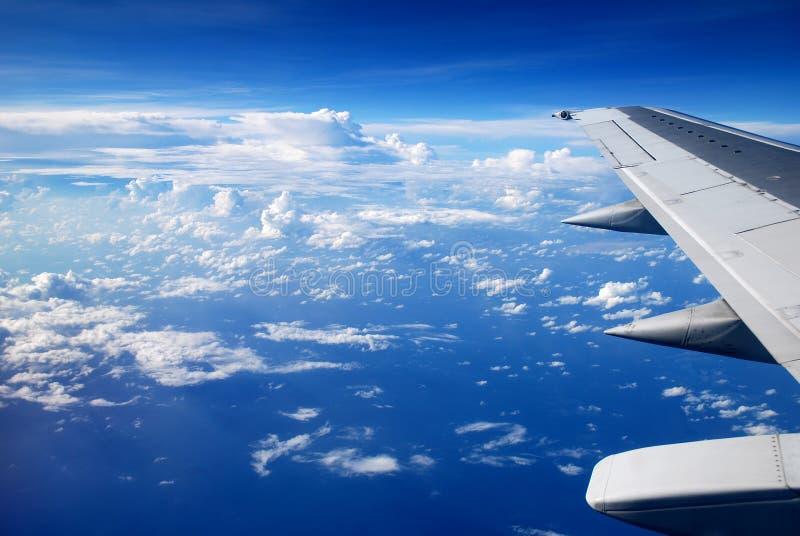 Visión desde la ventana del aeroplano fotos de archivo libres de regalías