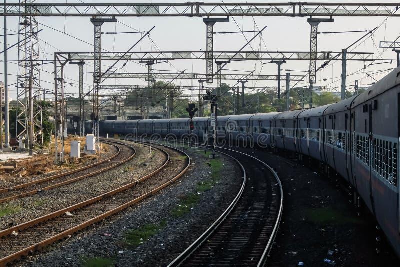 Visión desde la ventana del tren, ferrocarriles indios imagen de archivo libre de regalías