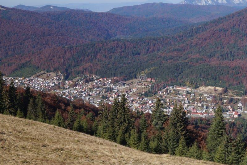 Visión desde las montañas de Baiului imagen de archivo libre de regalías