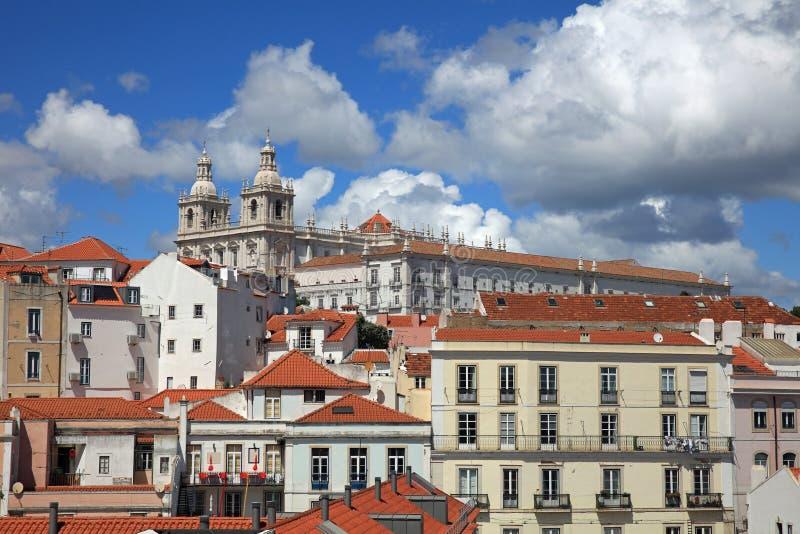 Visión desde Miradouro de Santa Luzia a Alfama lisboa fotografía de archivo
