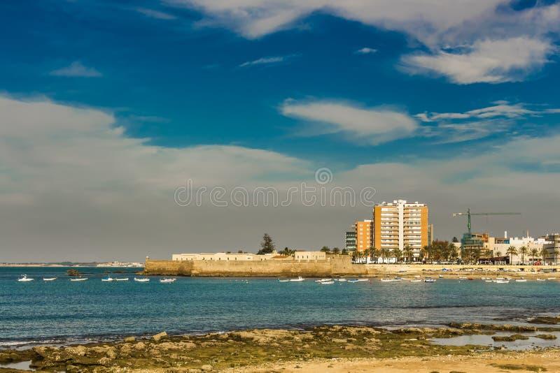 Visión desde Paseo Fernando Quinones en Cádiz imagen de archivo