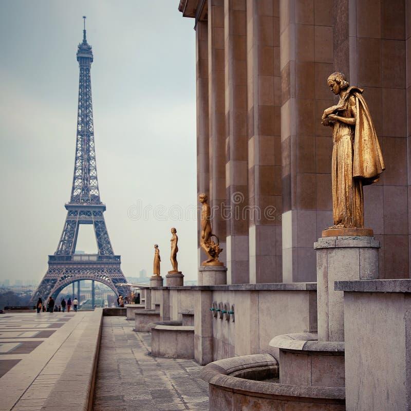Visión desde Trocadero en la torre Eiffel, París fotografía de archivo libre de regalías