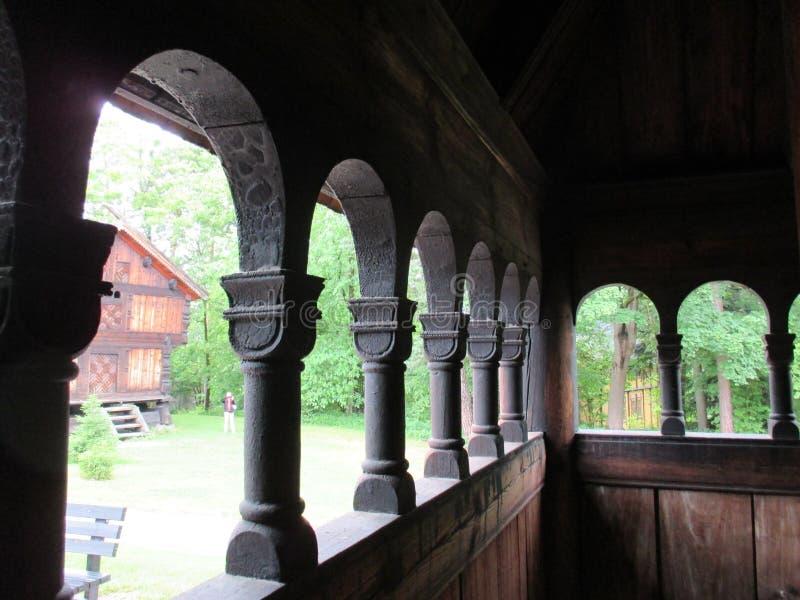Visión desde una iglesia del bastón en el Norsk Folkemuseum foto de archivo libre de regalías