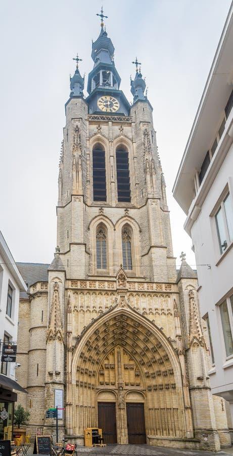 Visión en el campanario de la iglesia de Maarten del santo en Kotrijk - Bélgica imagen de archivo libre de regalías
