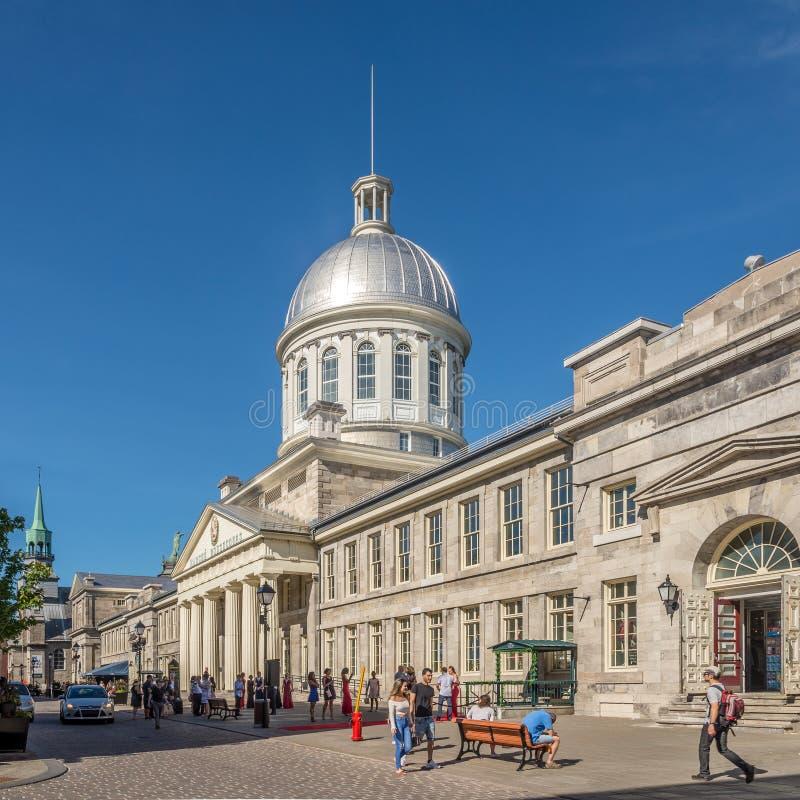 Visión en el edificio del mercado Bonsecours en las calles de Montreal en Canadá fotos de archivo libres de regalías