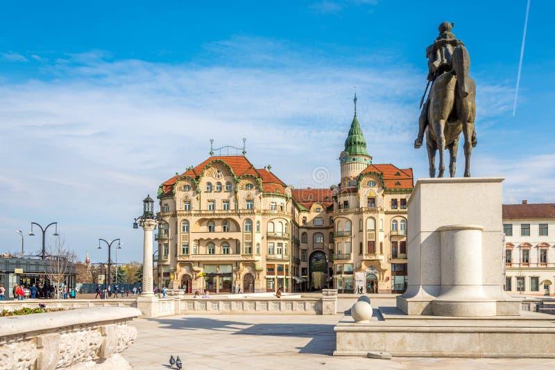 Visión en el palacio negro del águila en Oradea - Rumania imagen de archivo
