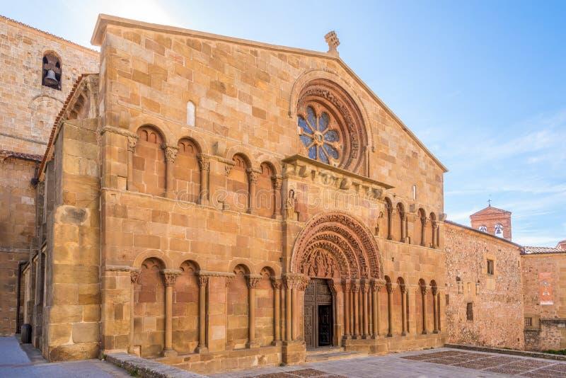 Visión en la iglesia de Santo Domingo en Soria - España foto de archivo
