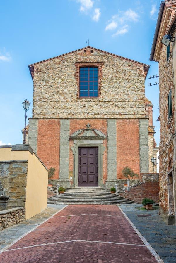 Visión en la iglesia del santo Michael Archangel en Lucignano - Italia foto de archivo