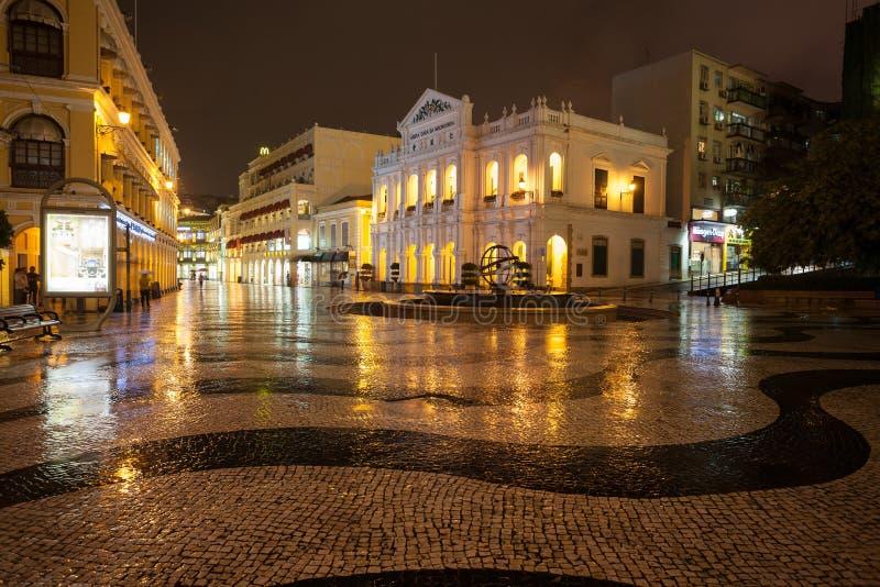 Visión en lluvia en el centro histórico de Macao - el cuadrado de Senado imagen de archivo
