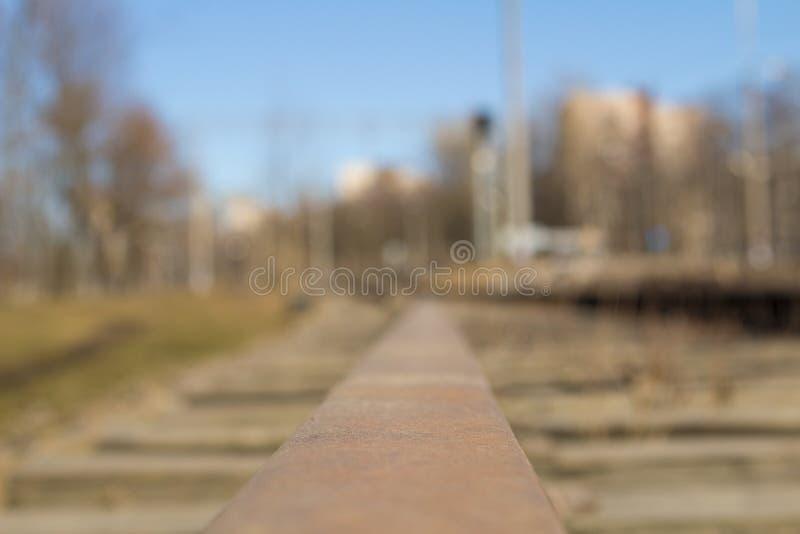 Visión ferroviaria desde los carriles fotografía de archivo