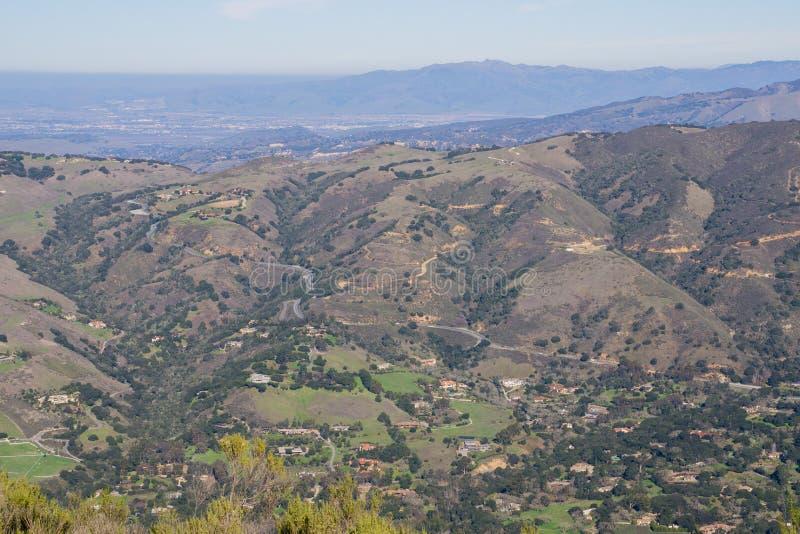 Visión hacia Carmel Valley de Garland Ranch Regional Park, California fotografía de archivo