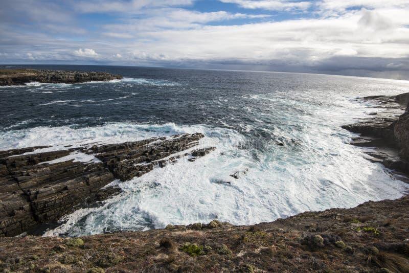 Visión hacia la Antártida y el gran océano meridional de la isla del canguro, sur de Australia foto de archivo libre de regalías