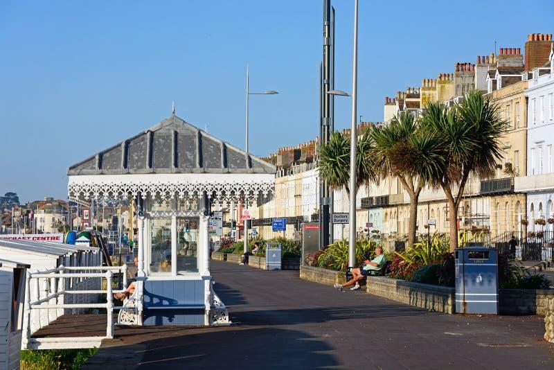 Visión a lo largo de la explanada, Weymouth foto de archivo